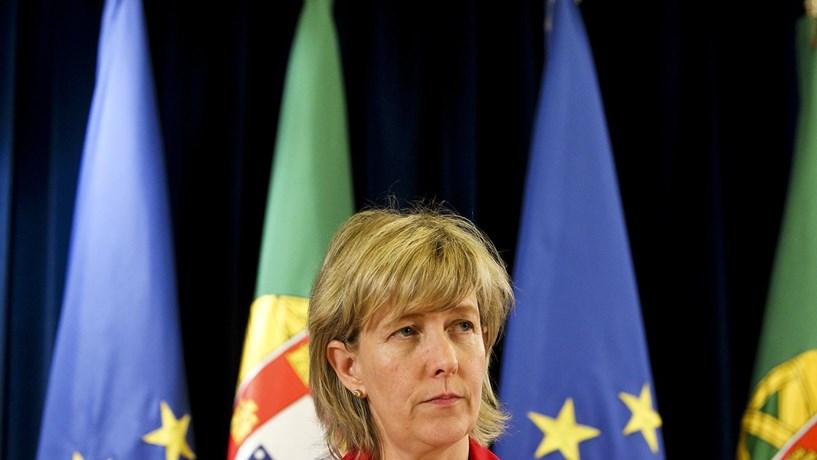 """Ministra das Finanças sobre BES: """"Não existem soluções sem risco"""""""