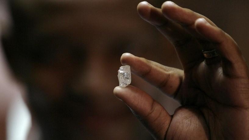 Portugal deixa diamantes em Angola mais de um século depois