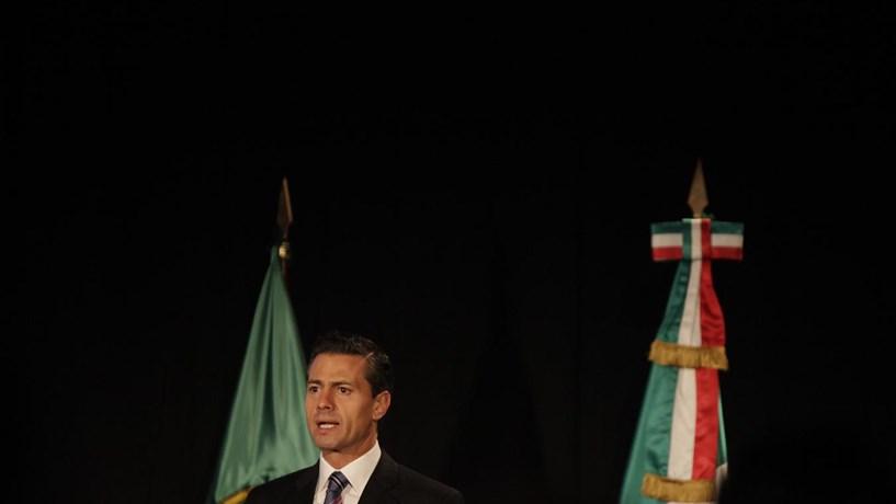 Donald Trump e presidente do México conversaram uma hora ao telefone