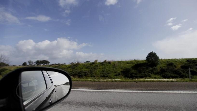Auto-estrada A2 cortada nos dois sentidos devido a choques em cadeia