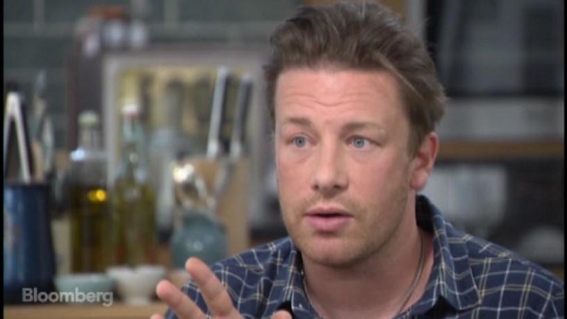 Brexit leva Jamie Oliver a fechar seis restaurantes