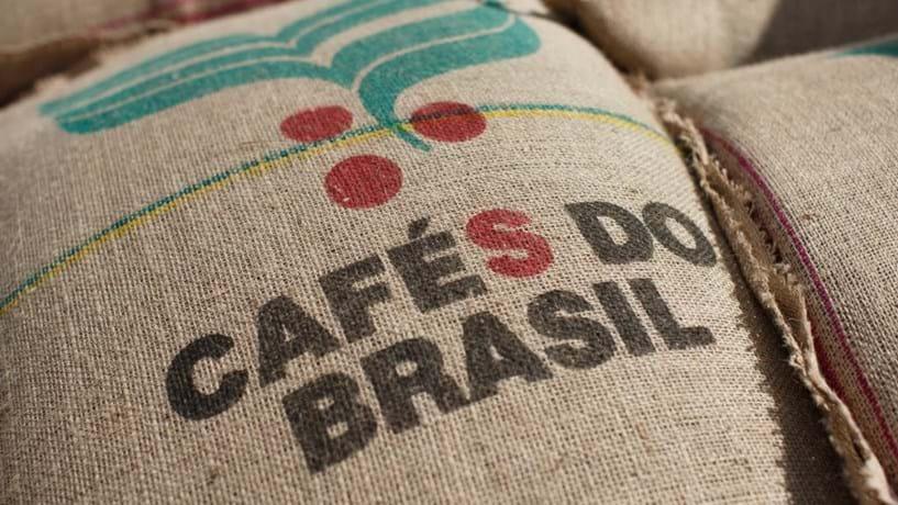 Café em máximos de 20 meses com queda das exportações brasileiras