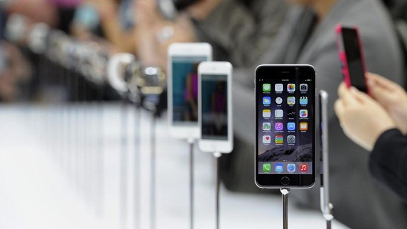 Apple pode apresentar em breve uma versão mais pequena do iPhone 6
