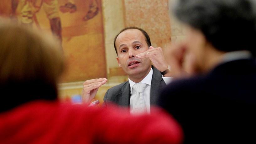 """CDS-PP propõe """"crédito fiscal"""" em investimento reprodutivo"""