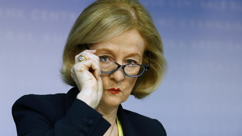 Supervisor europeu aplica multa a banco pela primeira vez