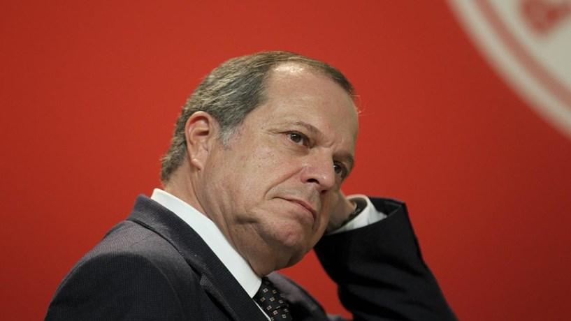 Carlos César diz que Governo PS não repete erros