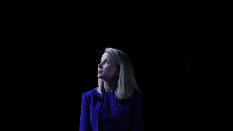 """Dados roubados à Yahoo terão sido vendidos por 286 mil euros na """"dark web"""""""