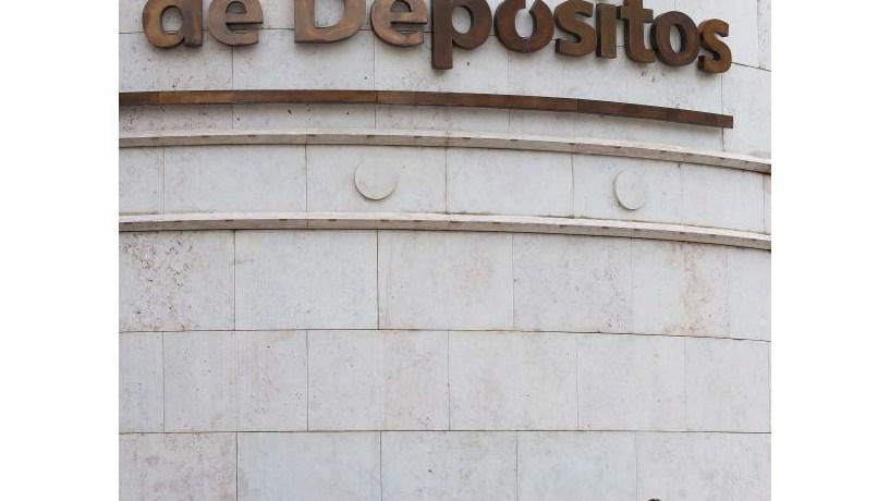 PSD pressiona Banco de Portugal e CMVM sobre Caixa