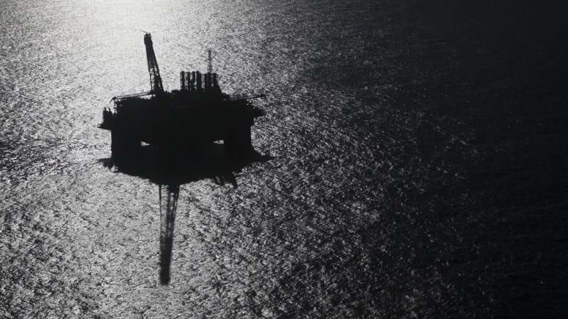 Petróleo em Portugal: Galp obteve luz verde para fazer furo no mar do Alentejo