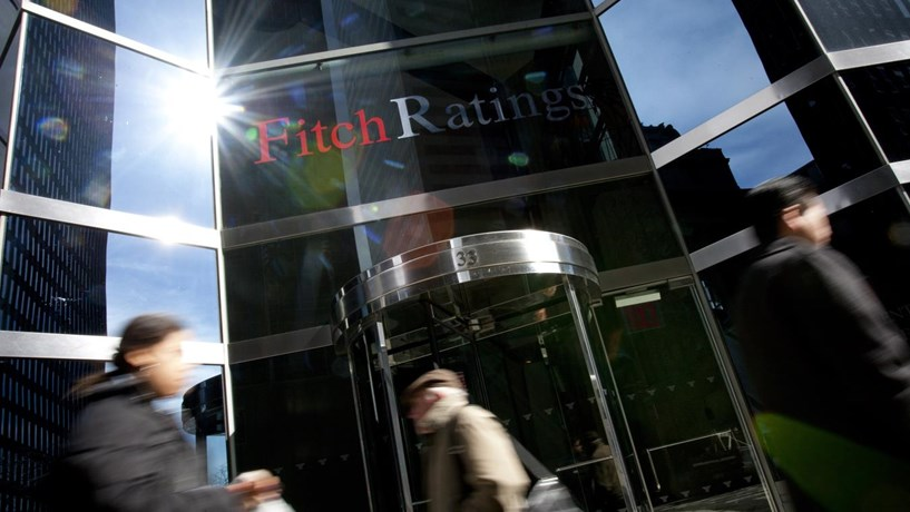 "Fitch mantém ""rating"" e perspectiva para Portugal"
