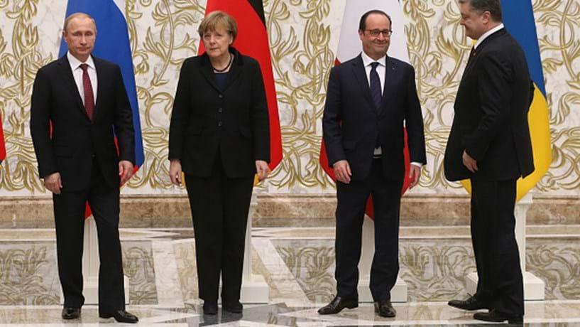 Merkel convidou Putin para conversações sobre a Ucrânia