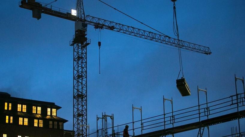 Construção cresce dois meses seguidos pela primeira vez em 11 anos