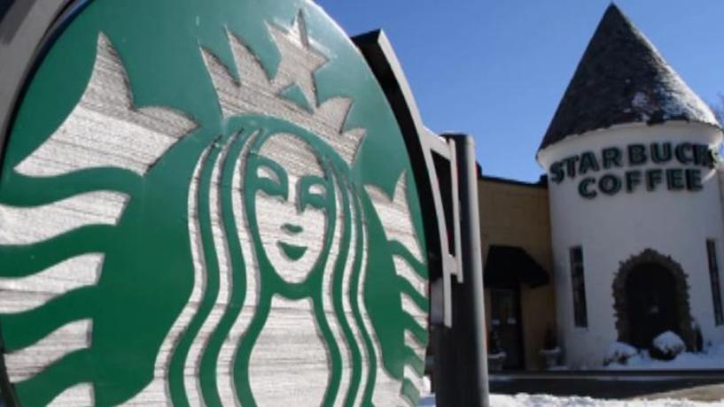 CEO da Starbucks planeia contratar 10 mil refugiados