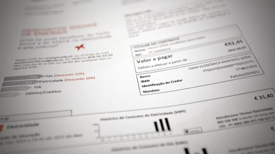 PS abre a porta ao regresso da tarifa regulada