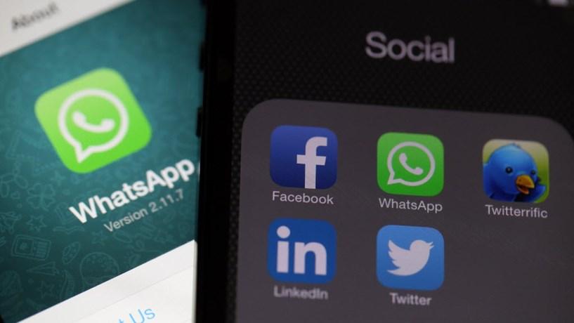 Bruxelas vai multar Facebook devido a aquisição do WhatsApp