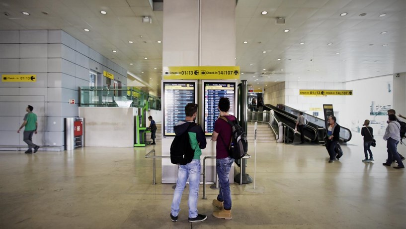 Turismo pede definições em relação ao aeroporto de Lisboa