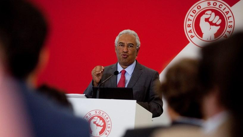 """PS acusa coligação de """"falta de coragem"""" para assumir solução para a Segurança Social"""
