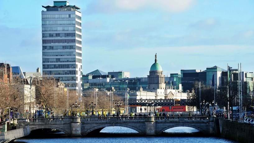 BCE desviou peso da crise na banca da Irlanda dos credores para os contribuintes