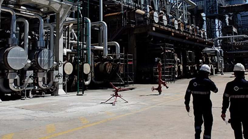 Produção industrial cai pela primeira vez em três meses