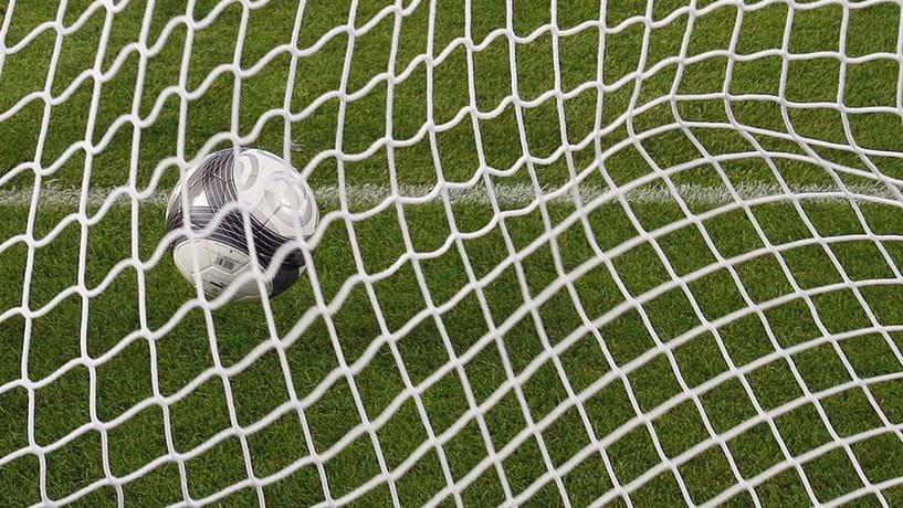Corticeira Amorim nos relvados do Real Madrid e do Arsenal
