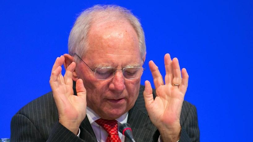 """Schäuble pede acordo """"razoável"""" com a City de Londres"""