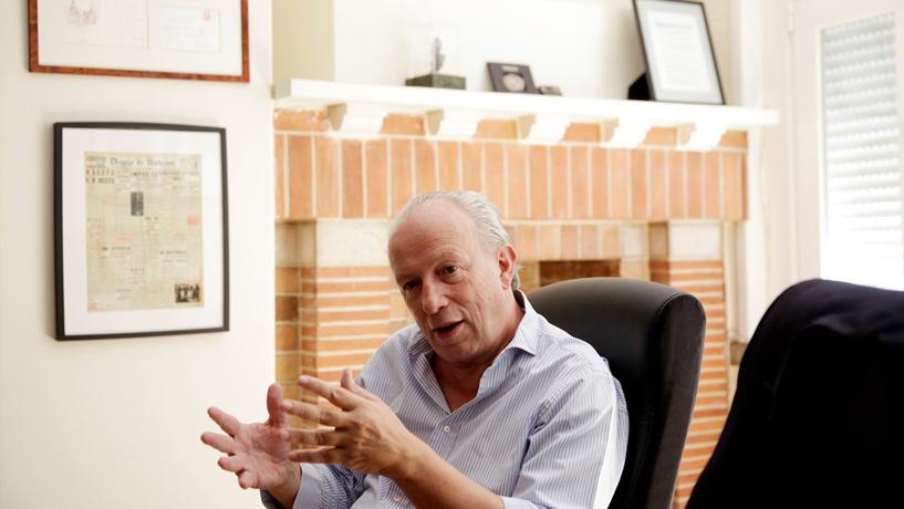 O Governo afirma ter confiança no trabalho de Pedro Santana Lopes.