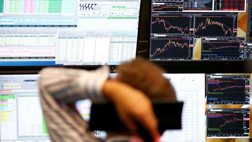 Abertura dos mercados: Bolsas e petróleo em alta, euro cai