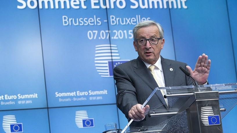 """Jean-Claude Juncker avisou que o Orçamento português corre o """"risco de não cumprir as disposições do Pacto de Estabilidade e Crescimento""""."""