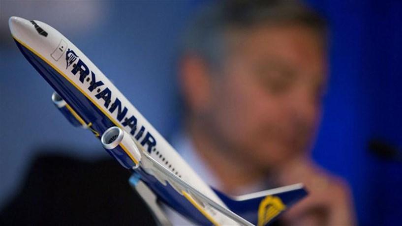Ryanair aumenta lucros e recompra acções