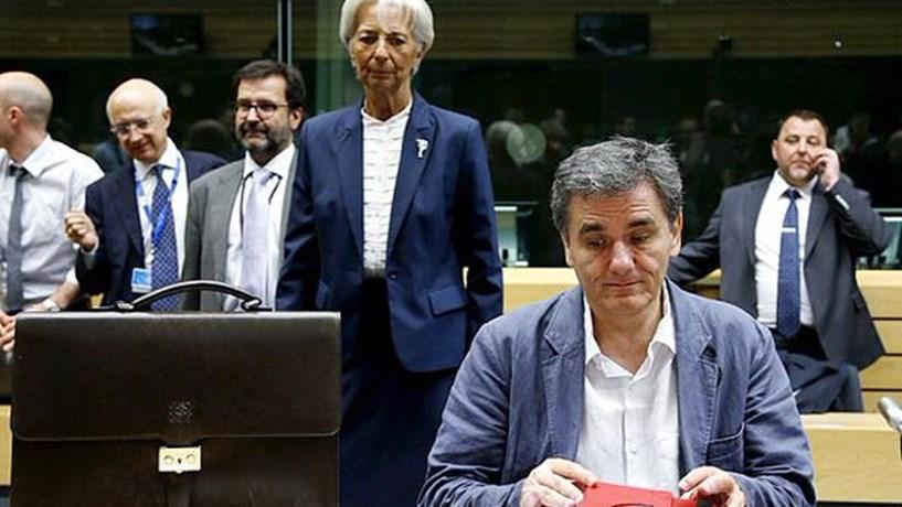 FMI teme que Grécia tenha dificuldades em pagar dívida a partir de fim de Março