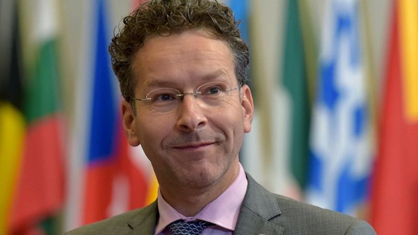 """Dijsselbloem: Transformar o Reino Unido num paraíso fiscal """"seria um louco passo atrás"""""""
