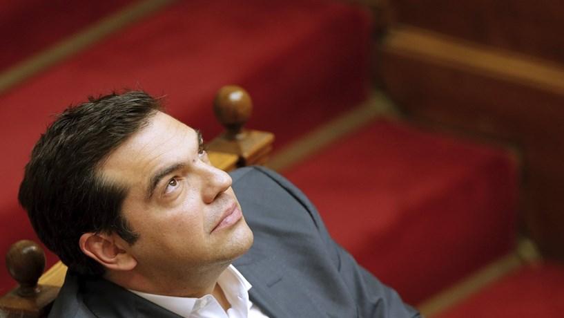 Grécia supera metas dos credores com excedente primário de 3,9%
