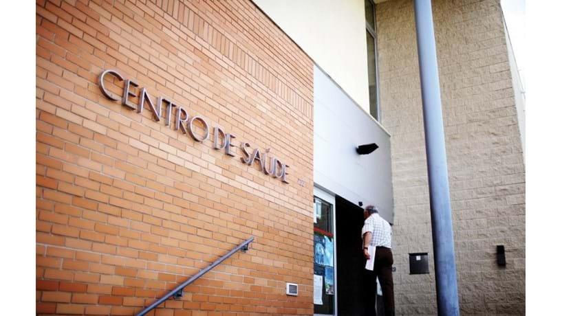 Lisboa e Algarve reforçam centros de saúde para responder à gripe