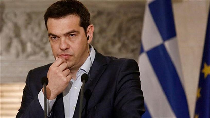 Tsipras ameaça com veto na UE se Estados não respeitarem compromissos sobre refugiados