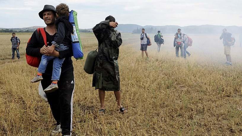 Migrações: Amnistia denuncia abusos graves criados pela pressão da UE sobre Itália