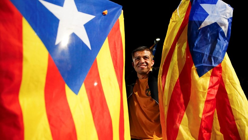 Catalunha marca referendo sobre independência para 1 de outubro