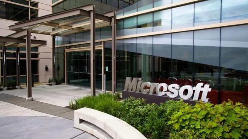 Microsoft com receitas e lucros acima do esperado