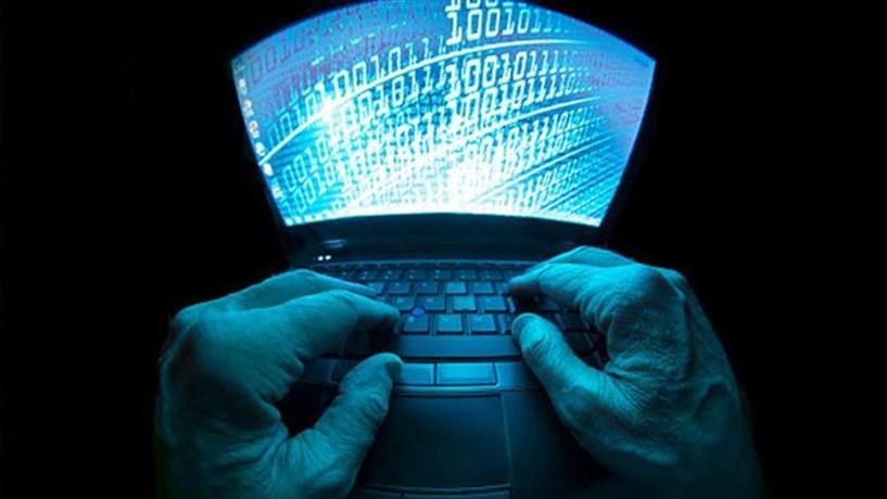 """Computadores do Instituto da Defesa Nacional atacados por """"hackers"""" em Fevereiro"""