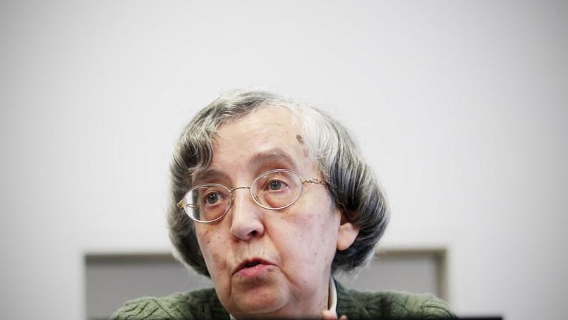 """Teodora Cardoso: """"Até certo ponto, houve um milagre no défice"""""""
