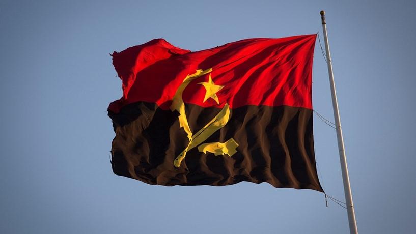 Banca angolana precisa de ajuda