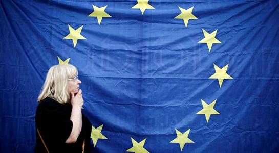 Economia da Zona Euro prolonga máximos de seis anos