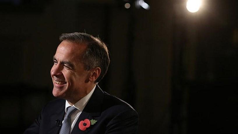 """Carney defende que depreciação da libra depois do Brexit """"era necessária"""""""