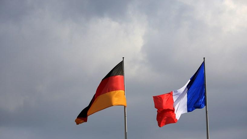 Alemanha defende que França tem de acelerar as reformas para travar populismo