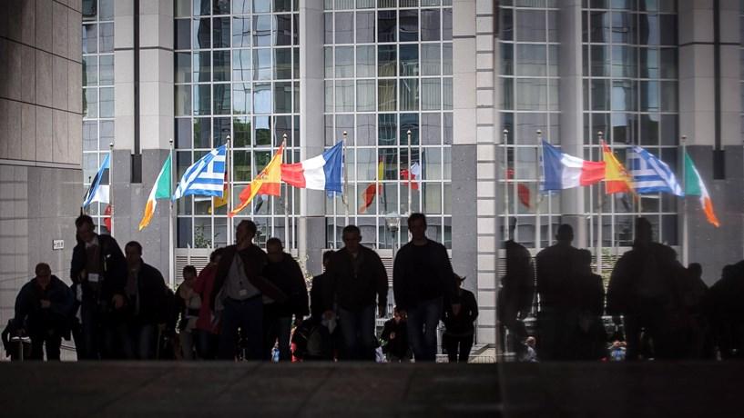 Dívida e défice de Portugal foram os terceiros maiores entre os países da UE