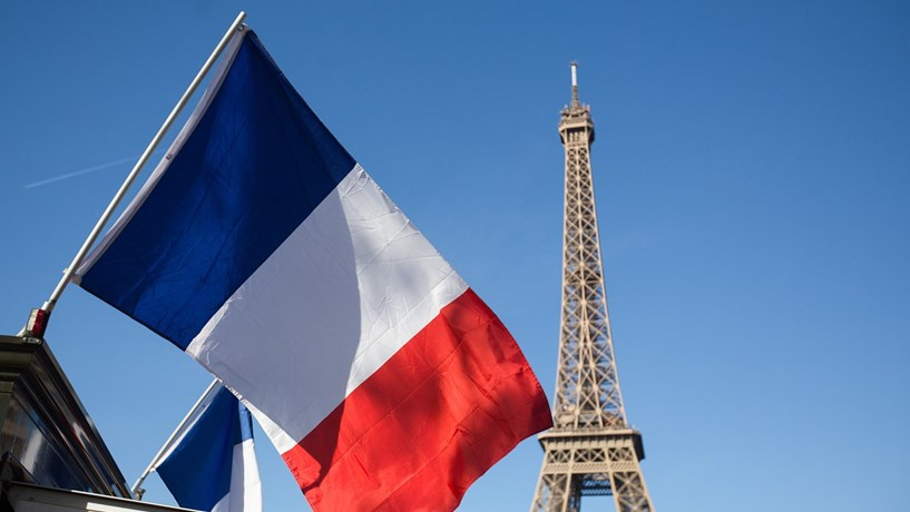 "S&P sobe perspectiva de França e reafirma ""rating"""
