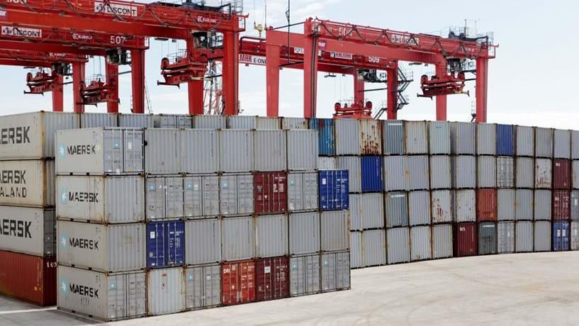 Exportações disparam 20% em Janeiro e importações avançam 22%