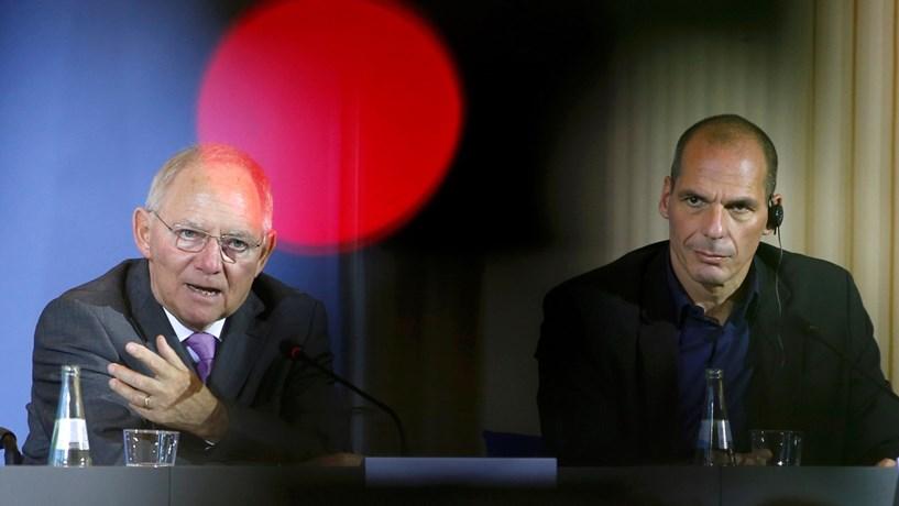 Varoufakis pede ao governo grego que rompa relações com credores