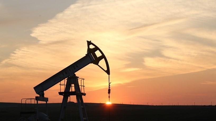 """Venezuela quer petróleo no """"preço justo"""" de 70 dólares"""