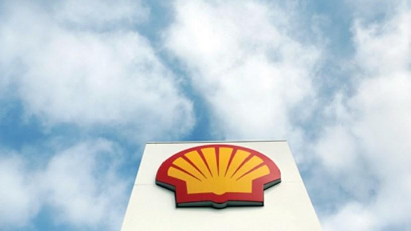 Shell encaixa 6.860 milhões com venda de areias betuminosas no Canadá
