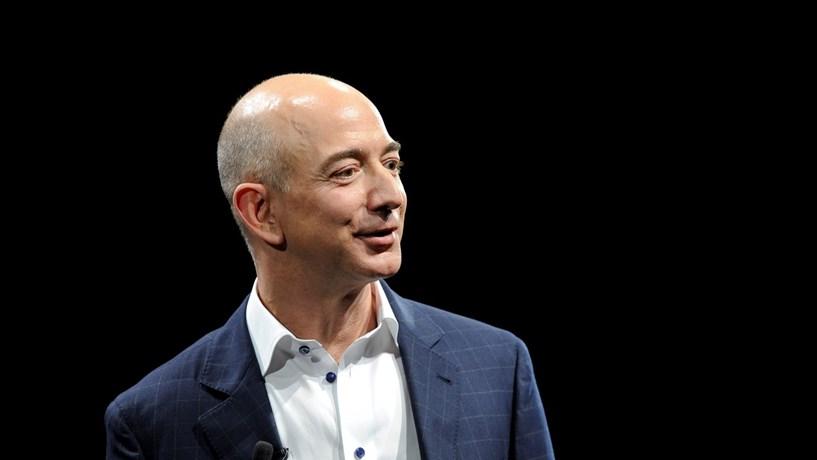 Amazon vai criar 5000 postos de trabalho a partir de casa